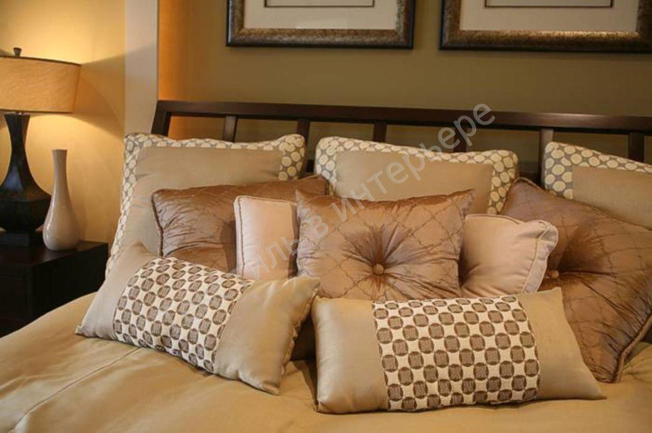 Красивые подушки на диван фото